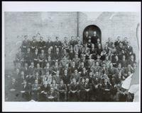 Photograph of the Faculty of Medicine class of 1917
