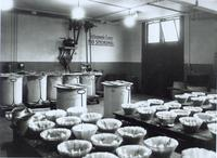 Photograph of lab equipment ca. 1923