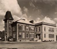 Photograph of high school building in Alliston, Ont.